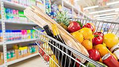 Aldi, Lidl, Penny, Tesco - szétszóródtak az árak a magyar boltokban