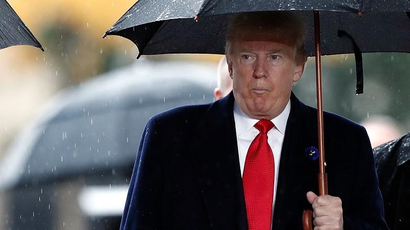 Bajban van Trump?