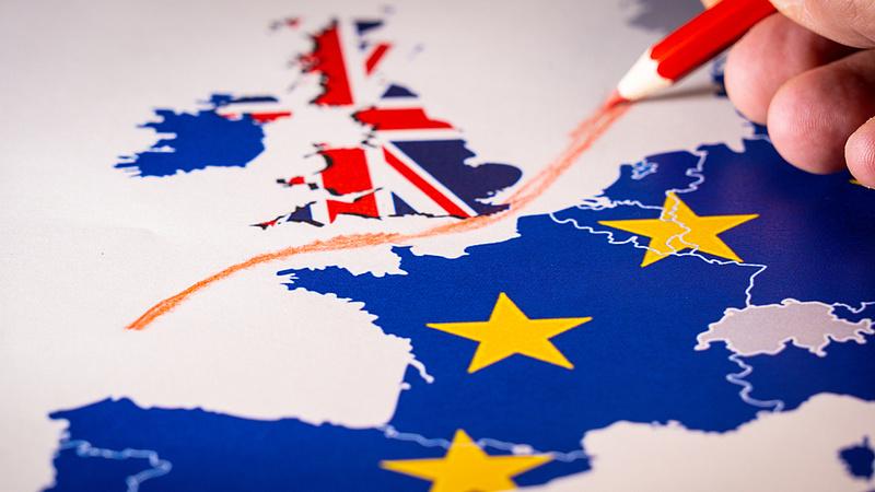 Az EU az Egyesült Királyságra vonatkozó utazási tilalmak enyhítését javasolja