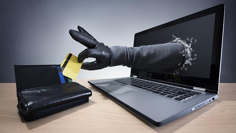 Kiderült, hogy verik át a magyar bankkártya-tulajdonosokat