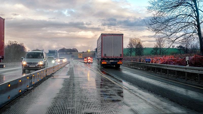 Új szolgáltatást vezetnek be az autópályákon