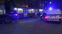 Kisiklott egy villamos a Széll Kálmán téren