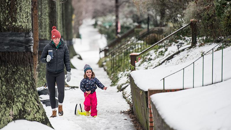 Hóviharok bénítják meg az USA délkeleti részét