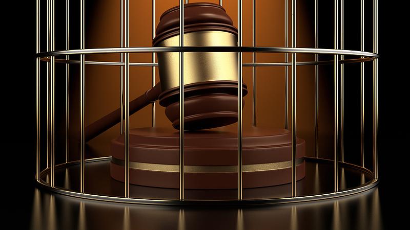 Szó sincs visszakozásról - mégis kormányzati gyámság alá kerülnek a bíróságok