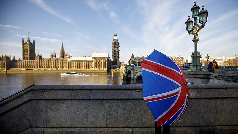 Nem vesz tudomást a delta varinásról a brit gazdaság