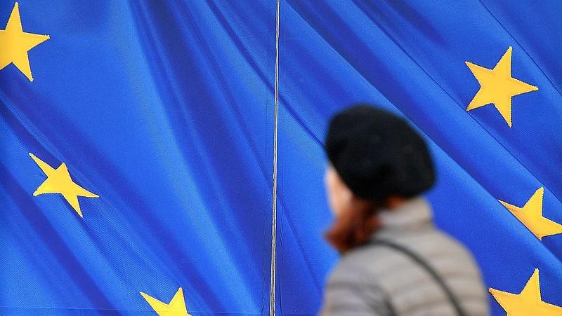 Padlón a gazdasági hangulat az EU-ban
