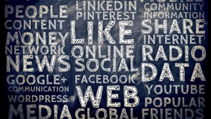 Mit kezdjenek a cégek a negatív véleményekkel?