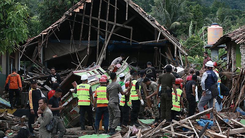 Indonéziai szökőár: Áder János részvétét nyilvánította