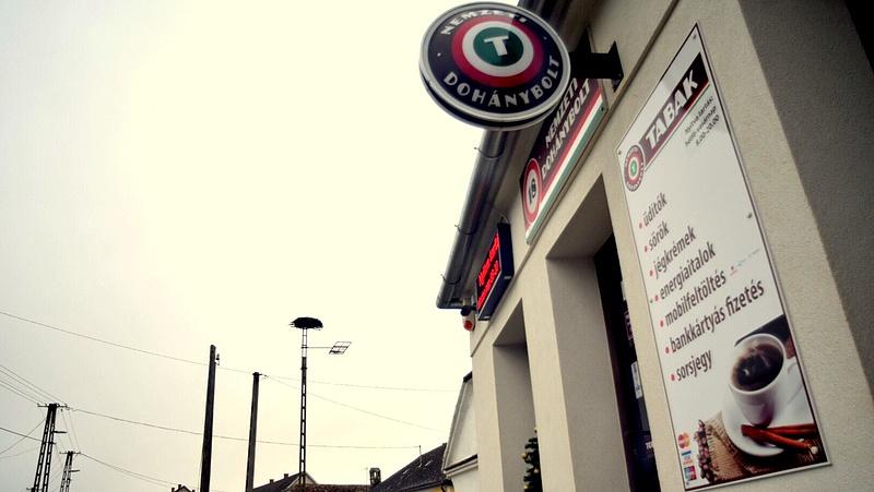 Félezer magyar faluban nem lehet cigit venni