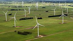 Nálunk tiltott, Szerbiában épít szélerőművet a MET