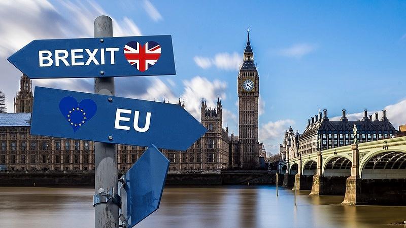 Padlóra kerülhet az új brit miniszterelnök - itt a figyelmeztetés