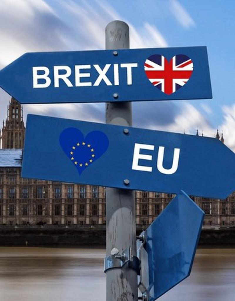 Az uniós tagállamok jóváhagyták a brexit újabb halasztását