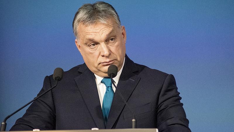 Orbán Viktor aggódott, hogy a szovjet katonák lemaradnak a vonatról