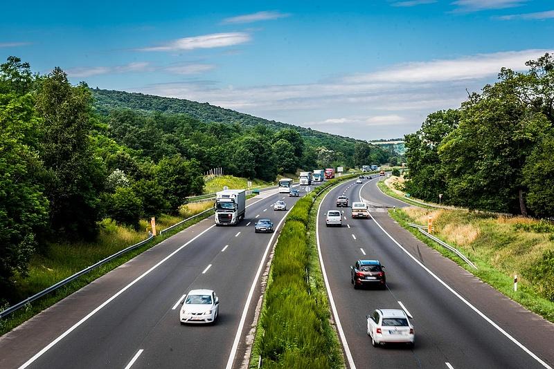 Teljes útlezárás az M3-as autópályán
