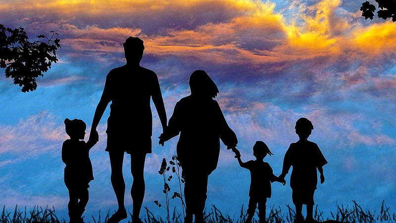 Kövér László szerint mentalitásváltásra is szükség van, hogy több gyerek szülessen