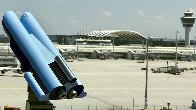 Járattörlések Németországban - kedden légi sztrájk lesz