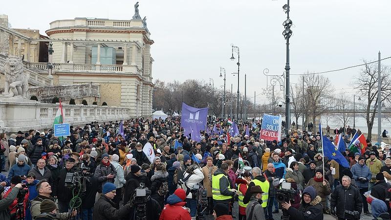 Országos tüntetéssorozat: ezt üzenték a kormánynak a fiatalok
