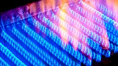 Elszálltak a piaci energiaárak: ez vár a magyarok rezsijére