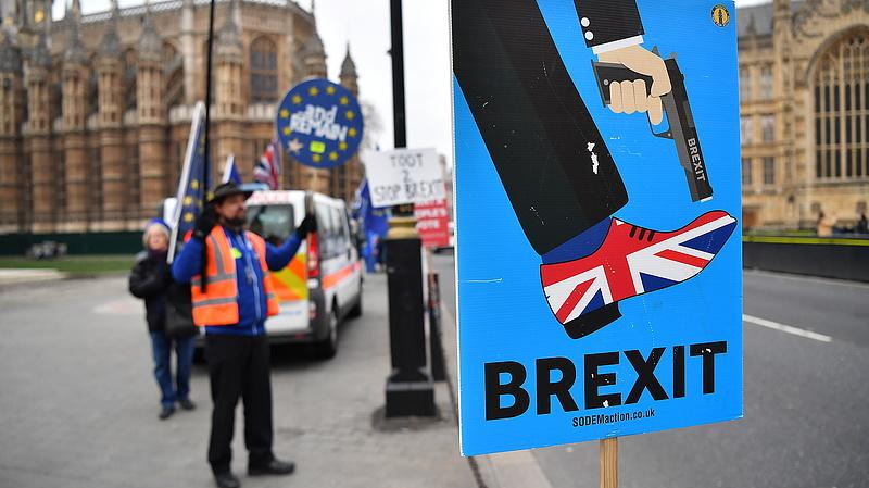 9500 milliárd forint sem fedezné a brexitkárokat
