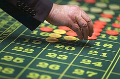 Megint a bank nyert: közel 40 milliárd forint maradt a hazai kaszinókban