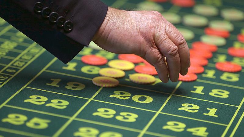 Adóparadicsomban fürösztik az új kaszinó pénzeit