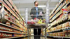Romlott ételek a boltok polcain - megszólalt a Nébih