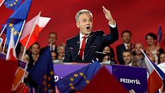 Új erő jelent meg a lengyeleknél - Kaczinskyék nem boldogok