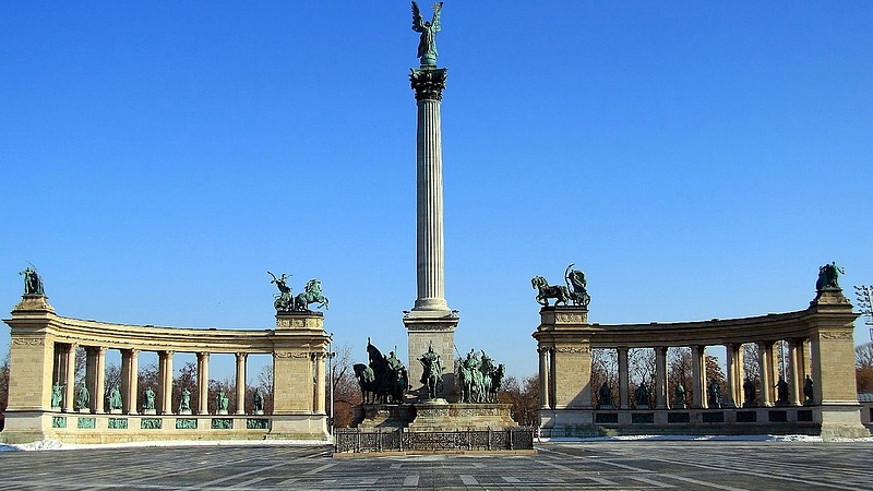 Fülsiketítő zaj lesz vasárnap este Budapesten