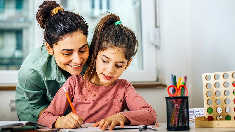 Emelik a családi pótlékot Romániában