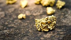 Nyakunkon a válság, és ideje az aranyhoz nyúlni