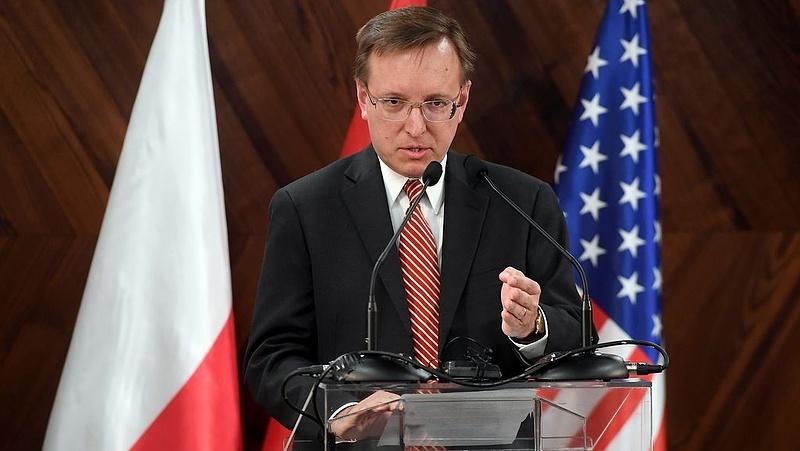 Csere a budapesti amerikai nagykövetség vezetésében