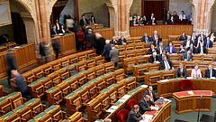 Óriási öngólt lő a magyar állam? Érthetetlen a visszavonás
