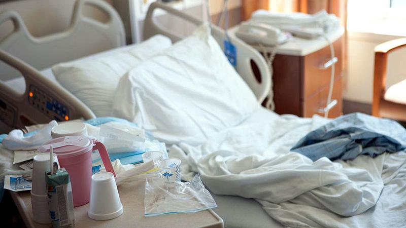 Tömeges szalmonellafertőzés - megteltek a debreceni kórházak