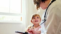 Velkey György: tévedés, hogy a koronavírus a gyerekeknél teljesen ártalmatlan