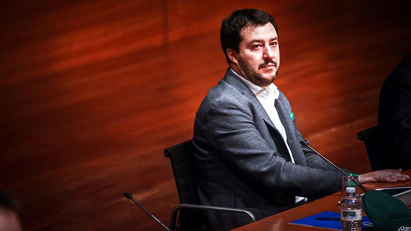 Ezt csúnyán benézte Salvini?