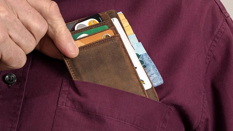 Ezért nem fizetnek a magyarok bankkártyával