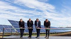 Óriási napelemes erőműveket akar a magyar kormány