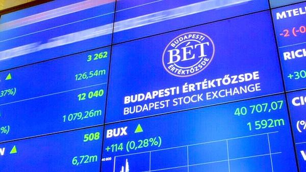 Mínusszal zárt a BÉT, a befektetők az MNB-re várnak
