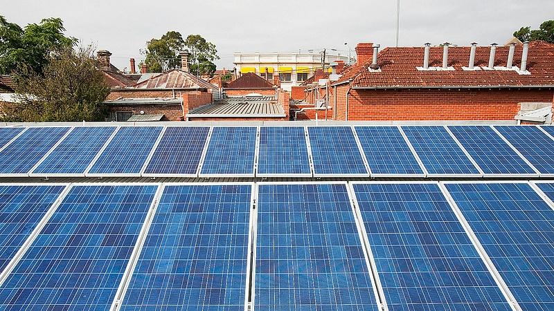 Hiába a rengeteg napelem, az ausztrál rezsicsökkentéshez még ennyi sem elég