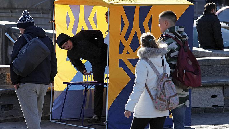 Az oroszok már mozgolódnak az új ukrán elnök körül