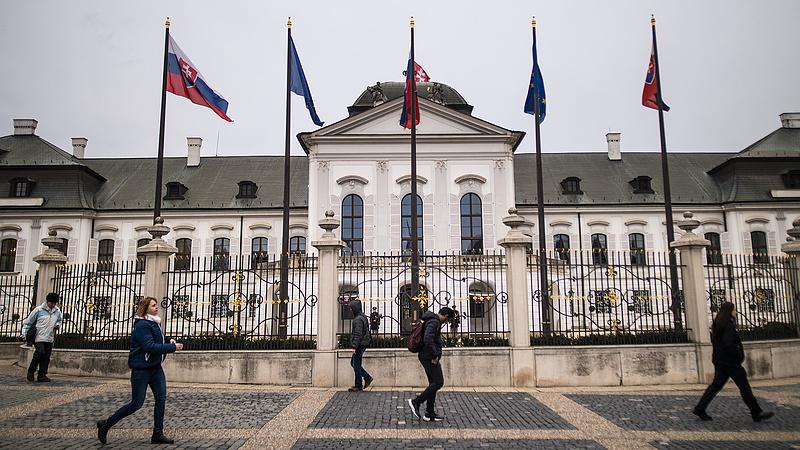Poszonyban folytatódott a lobbi az új uniós vezetőkért