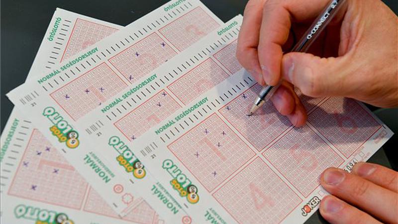 Lottómatek: mennyi az átlagos lottónyeremény?