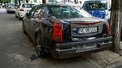 Kiderült, mennyi pénzt dugnak a romániai autósok zsebébe