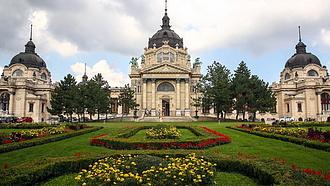 Újraindulnak a gyógykezelések négy budapesti fürdőben