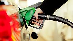 Péntektől tovább drágul az üzemanyag