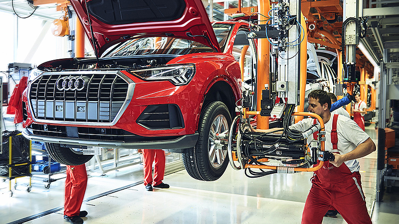 Az Audi 36 százalékkal emeli a béreket 3 év alatt