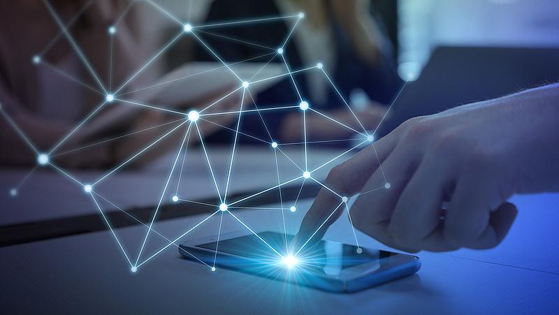 Járványban életmentő lehet az emberek digitális megfigyelése
