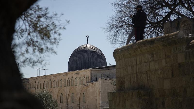 Nemcsak a Notre-Dame, egy mecset is kigyulladt
