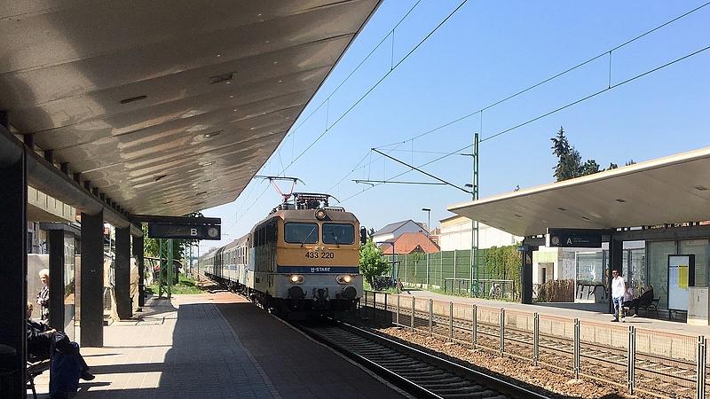Baleset miatt csúszás várható a Budapest-Székesfehérvár-Szombathely vasútvonalon