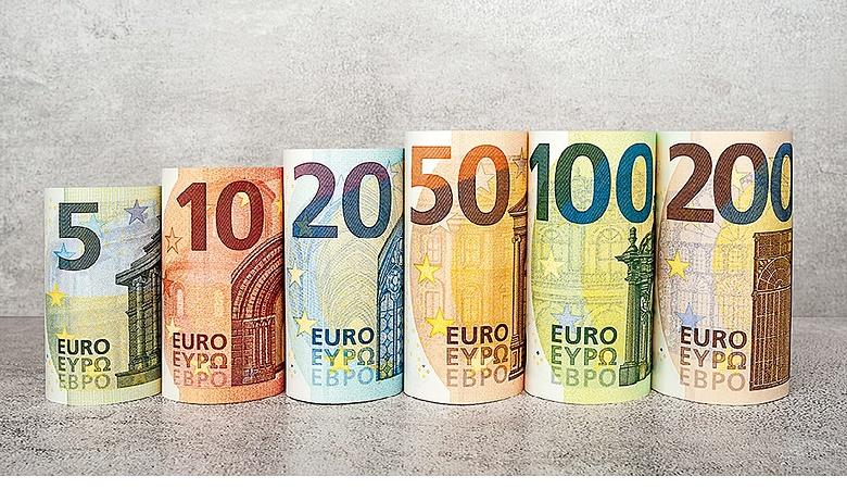 aki hogyan keres pénzt euróval
